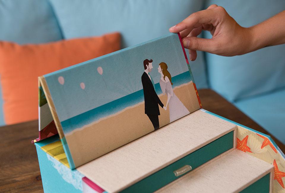 Retrato de la pareja en el interior de la caja fandi