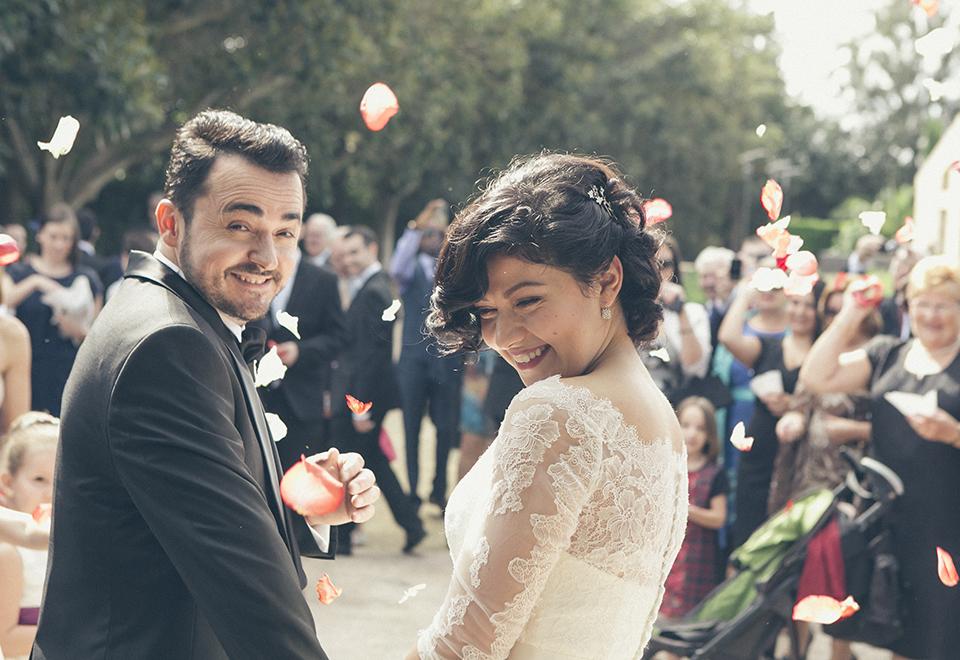 05 novios felices boda civil
