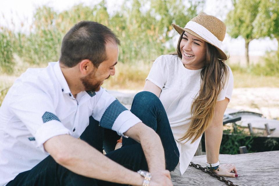 pareja feliz catarroja