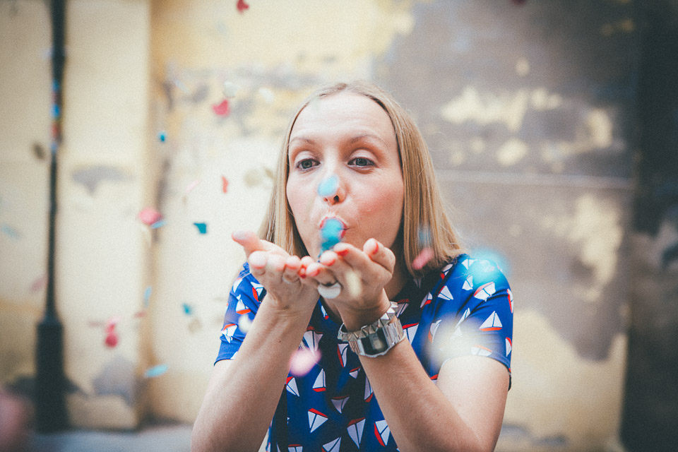 10 novia con confetti