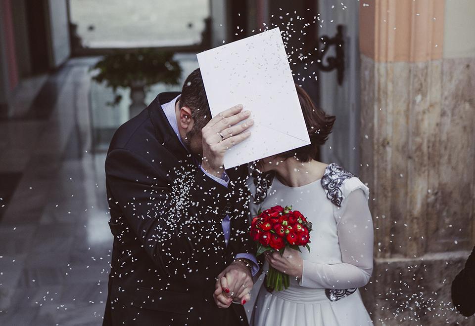 11 novios salida boda civil