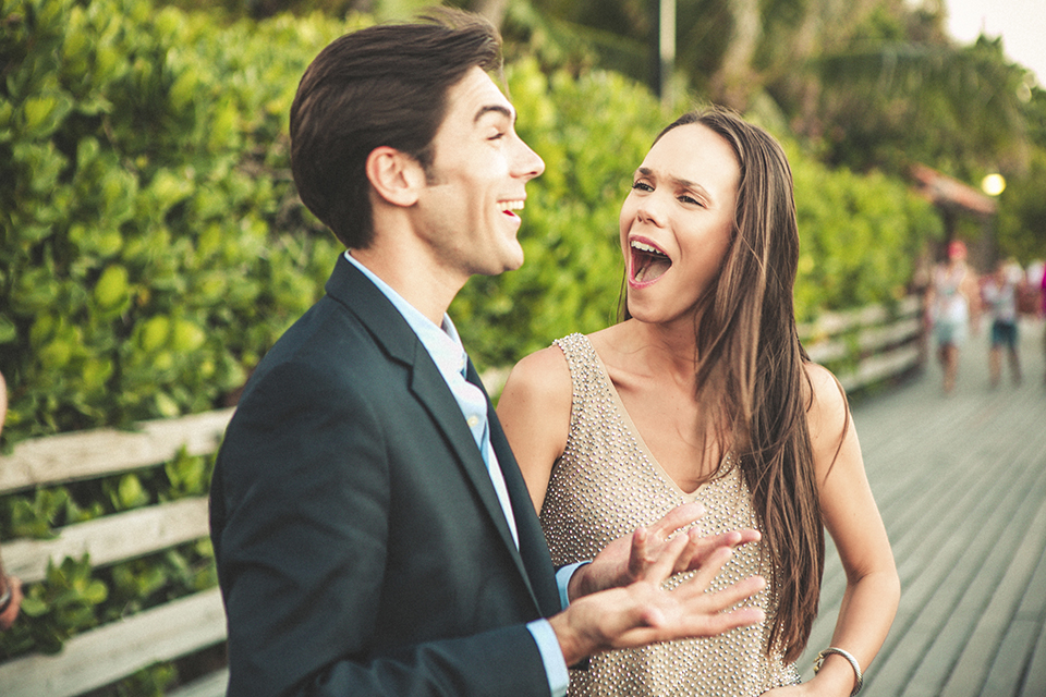 13 risas juegos diversion boda preboda fandi creativo paseo bromas novios