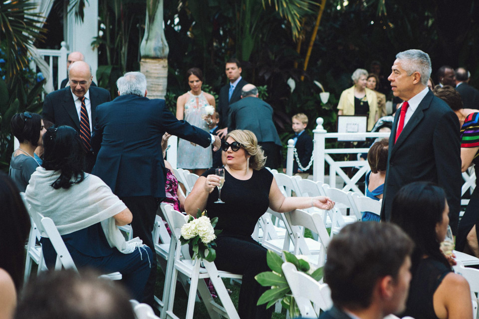17 fotografia invitados boda civil en un hotel