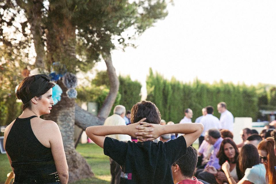 18 detalle niño en una boda civil