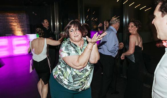Sácame a bailar