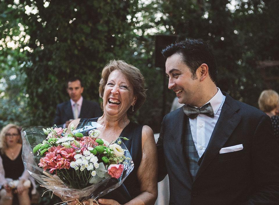 39 madre de novio feliz