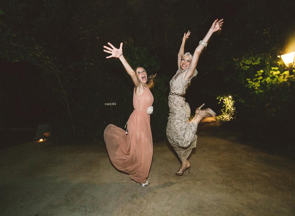 54 salto boda