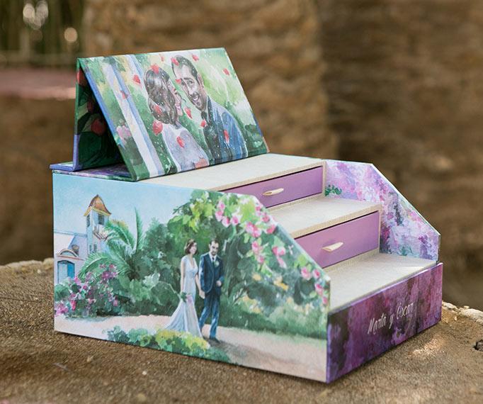 Caja con ilustraciones en acuarela
