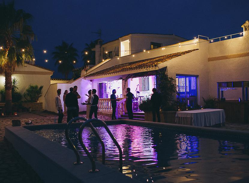 46 fiesta de boda en piscina