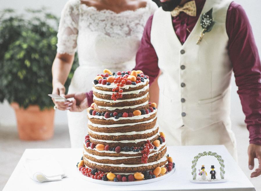 49 tarta pastel boda novios lego