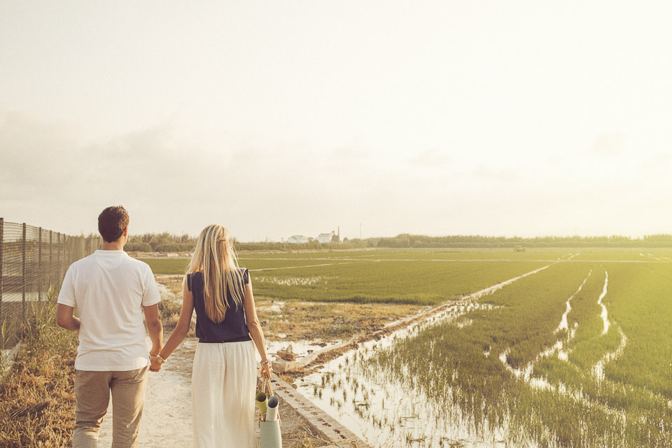 paseo entre arrozales