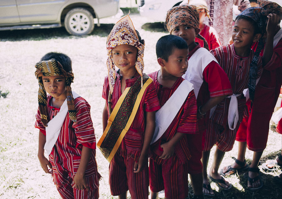 42 corte infantil boda sulawesi