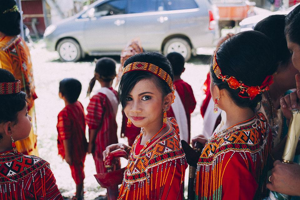 43 corte infantil boda indonesia