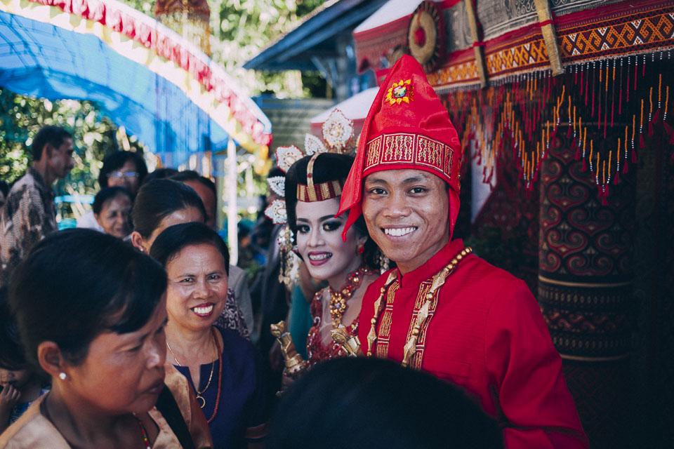 61 novios radiantes Indonesia