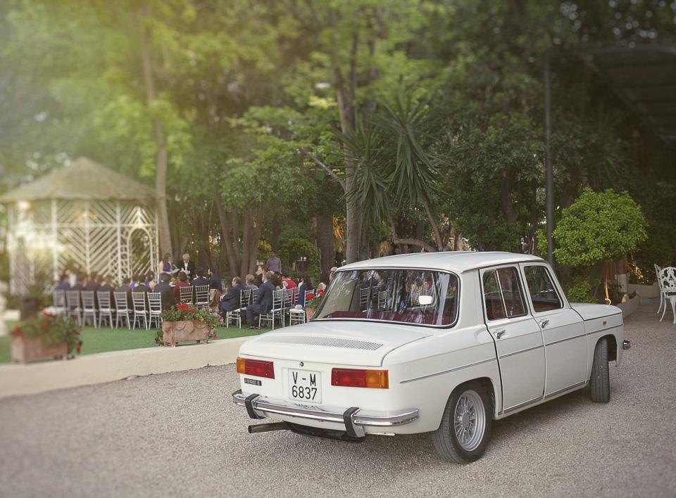 coche de boda en Villa Delia