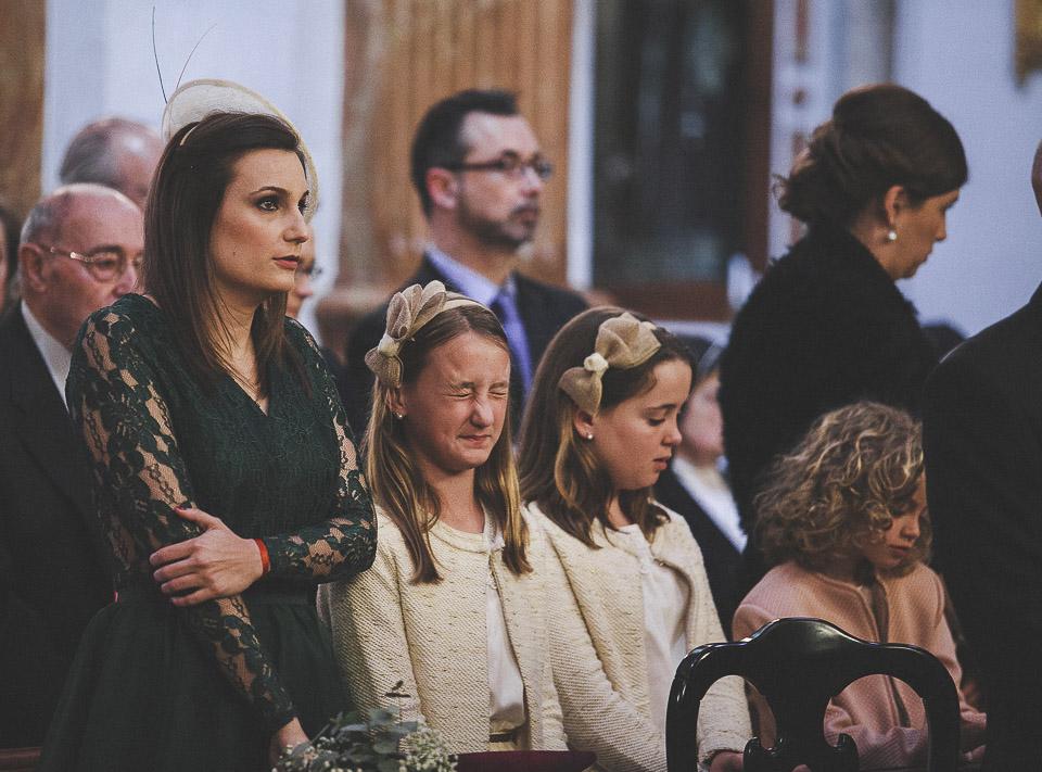 36 invitados graciosos en misa
