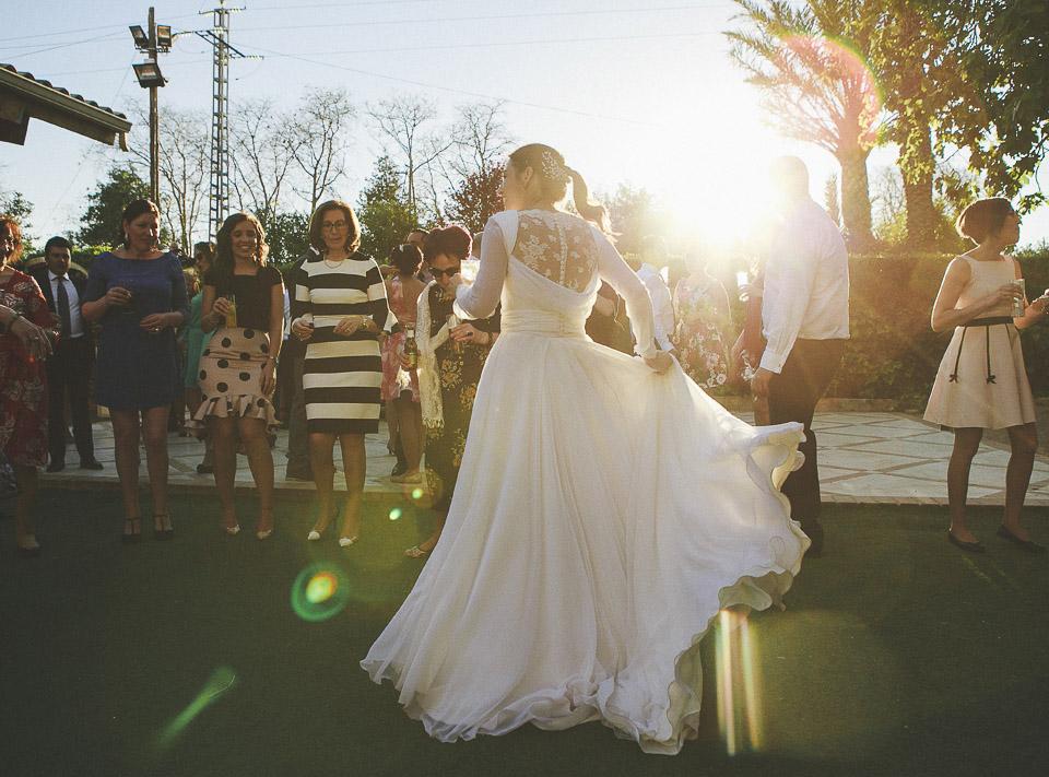 84 vestido de novia a contraluz