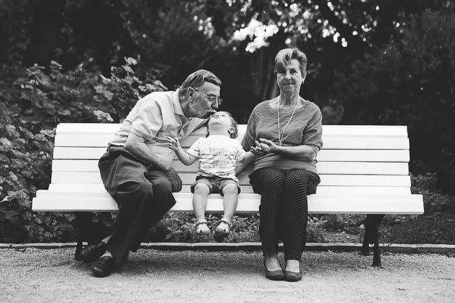 14 abuelos y nieto
