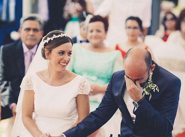 07 boda civil con novio llorando