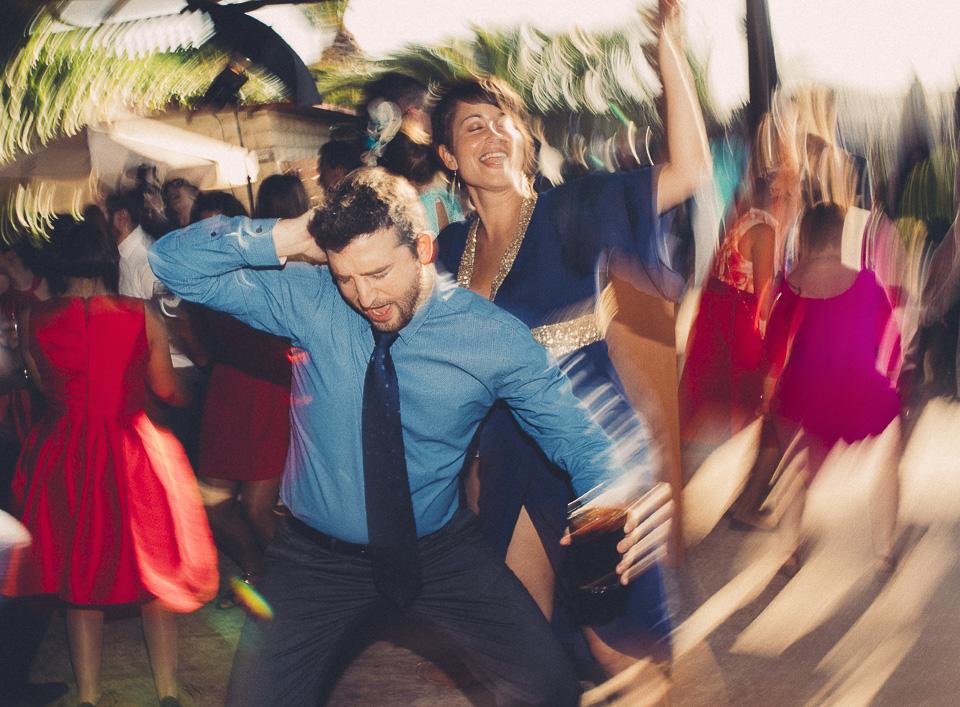 111 fiesta en boda civil siglo21
