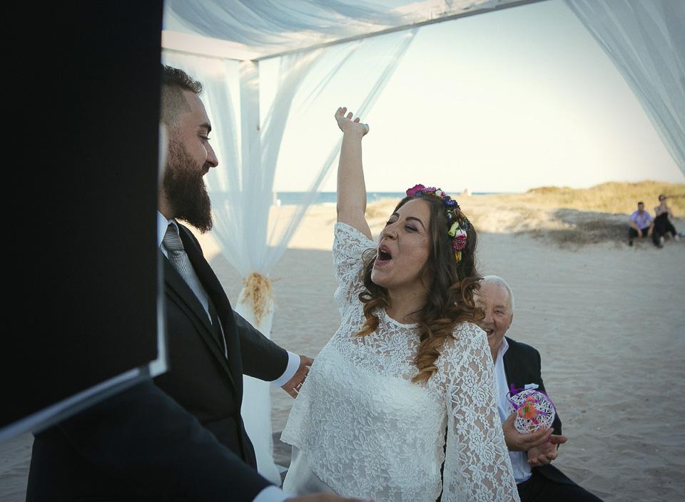 119 novia gritando en boda civil