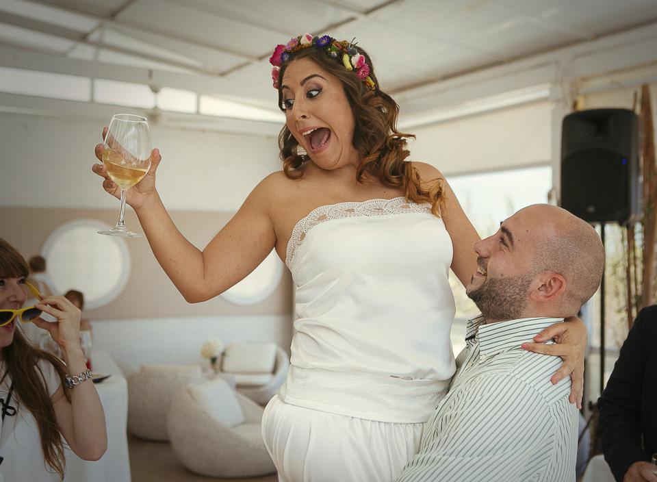 23 novia con expresion graciosa