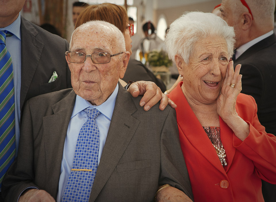 32 abuelos de novio en boda
