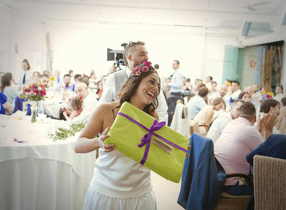 66 regalo de novios a amigos