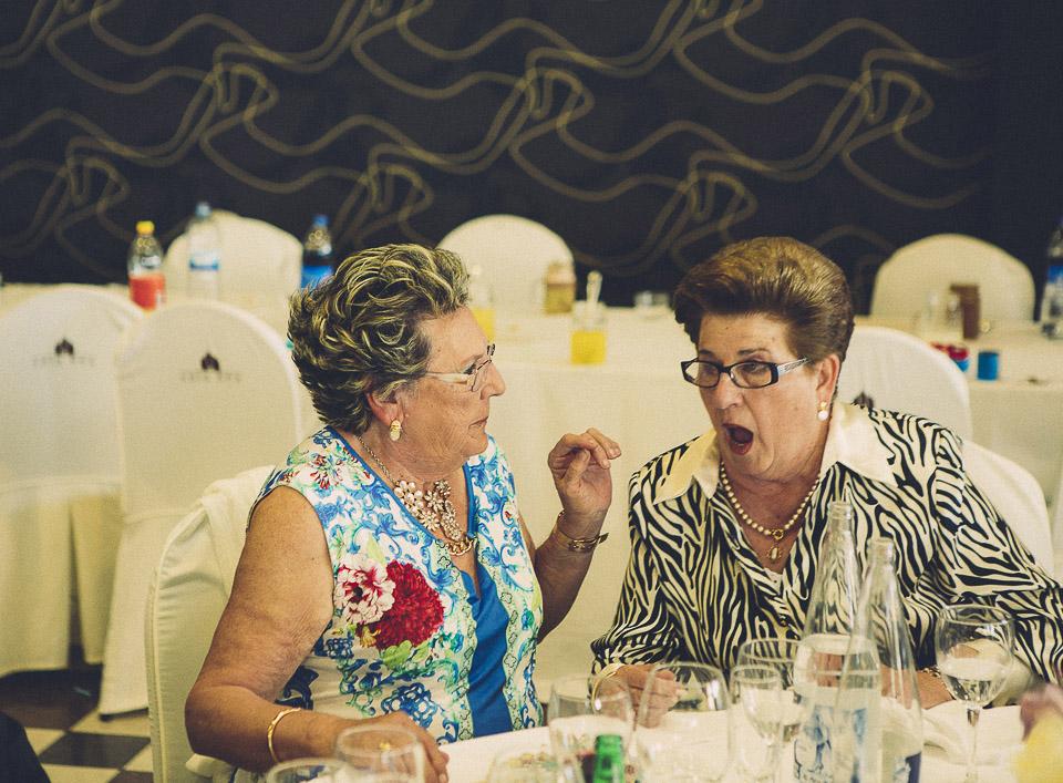 81 invitadas en boda civil