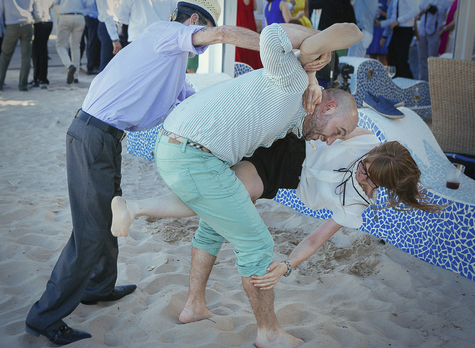 84 juegos en playa boda estibador