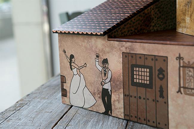 caja de fotos de boda inspirada en un pueblo medieval- fandi.es