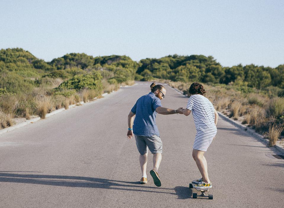 15-haciendo-skate-en-carretera