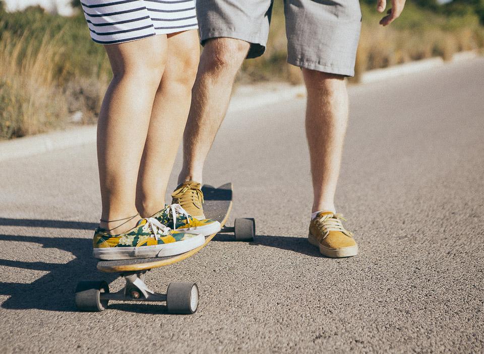 19-pareja-haciendo-skate