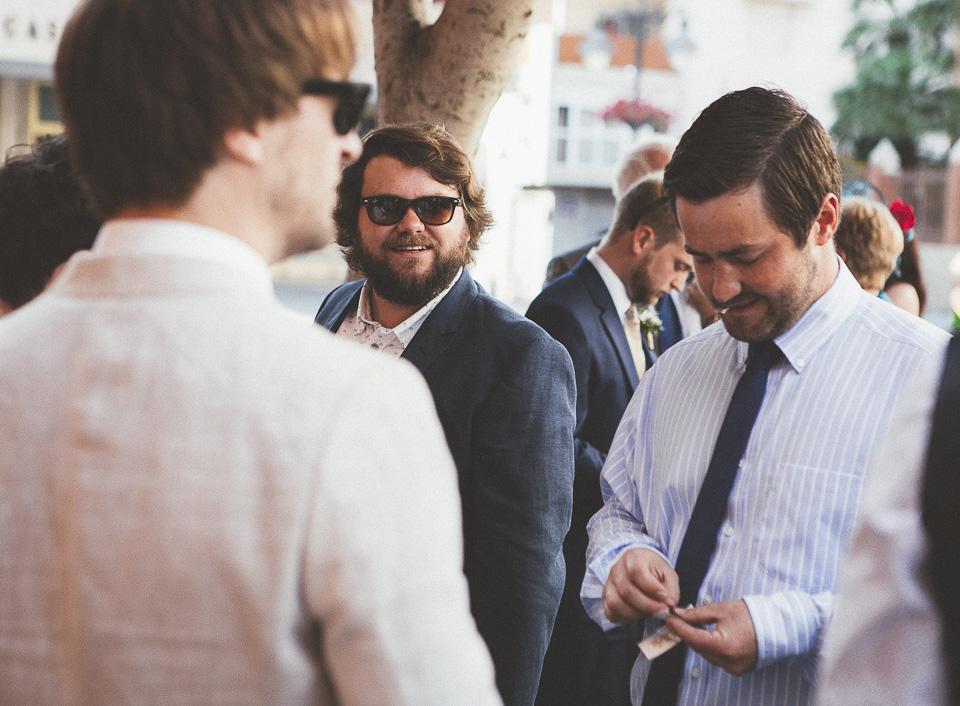 23-fotografias-con-mucha-naturalidad-en-una-boda-internacional