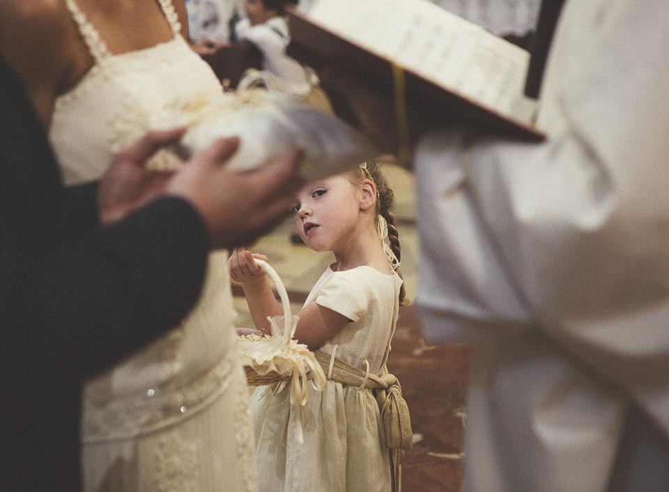 34-mirada-preciosa-de-peque-en-boda