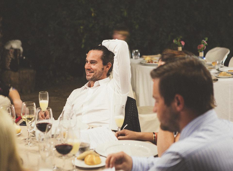 64-invitado-en-banquete
