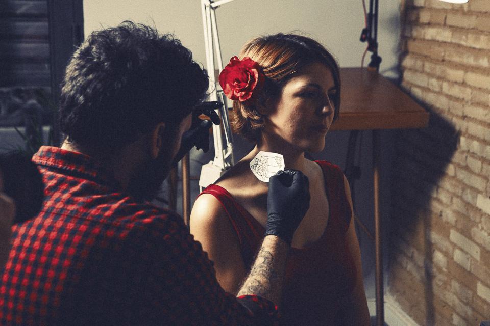 nos tatuamos nuestros servicios para explicar lo que ha significa para nosotros