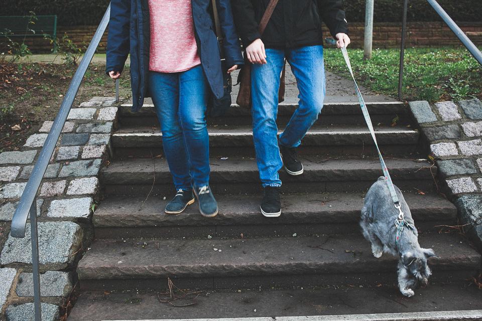 29-detalle-de-novios-con-mascota-en-alemania