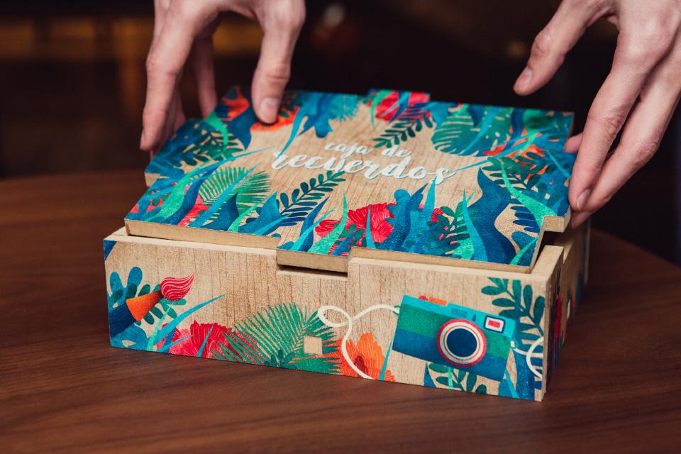 cajas de madera pequenas