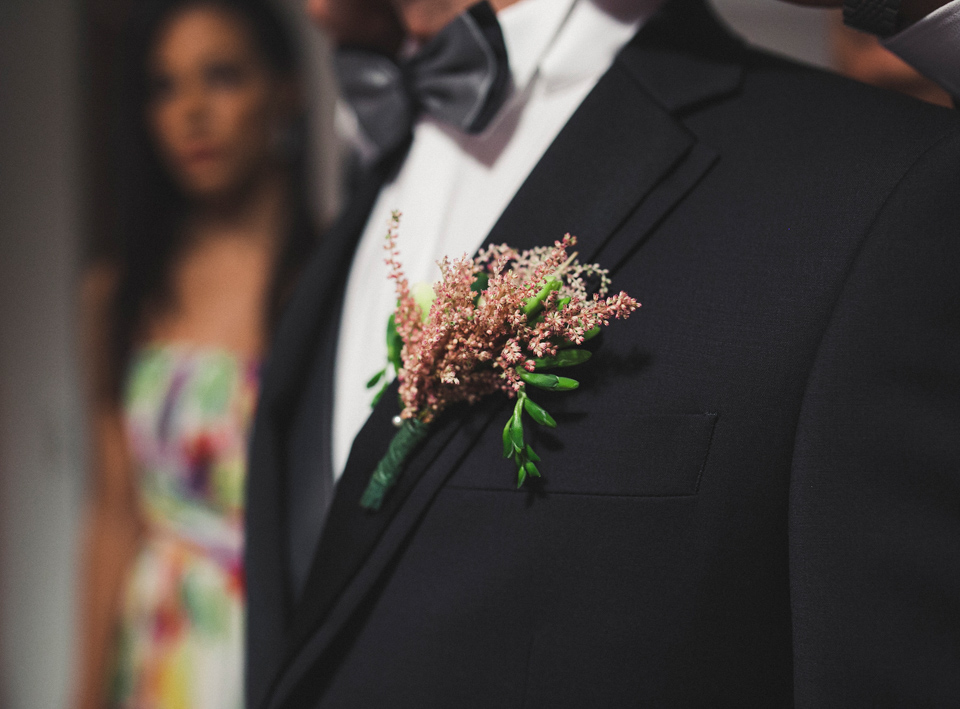 04-prendido-novio-flores-boda