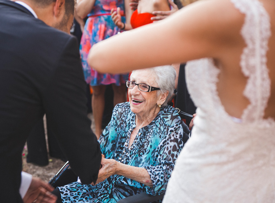 38-alegria-abuela-novios-sonrisa