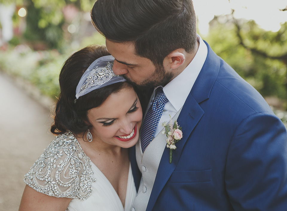 Una boda civil al atardecer.