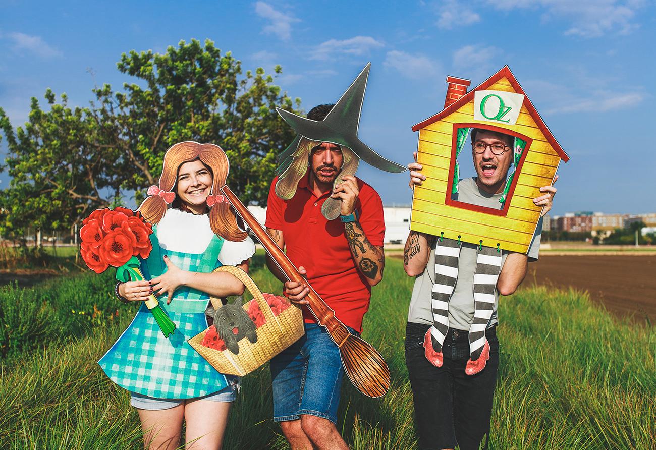 El equipo Fandi de visita en Oz