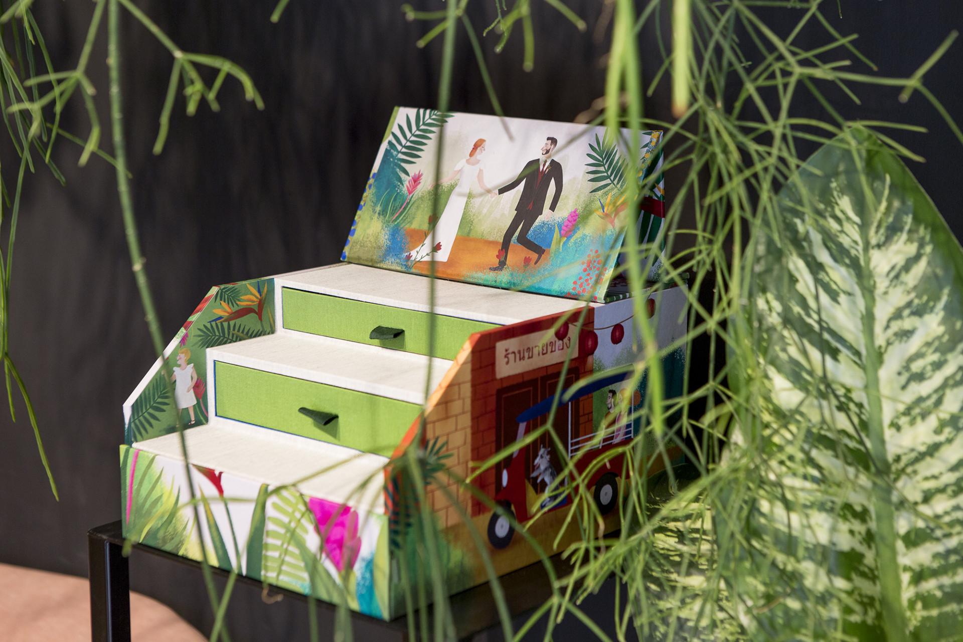 Una caja muy botánica y colorida