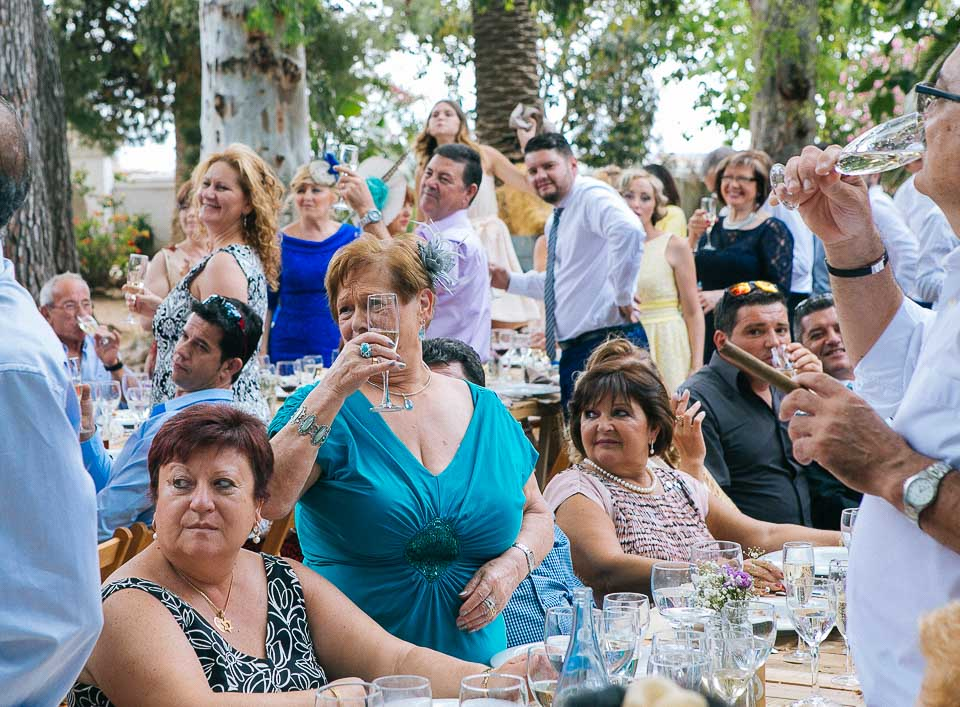 30 invitados de boda