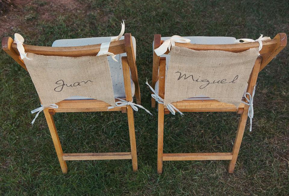 35 sillas de novios