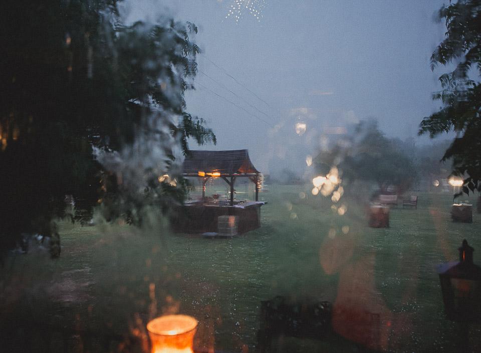 47 lluvia en boda