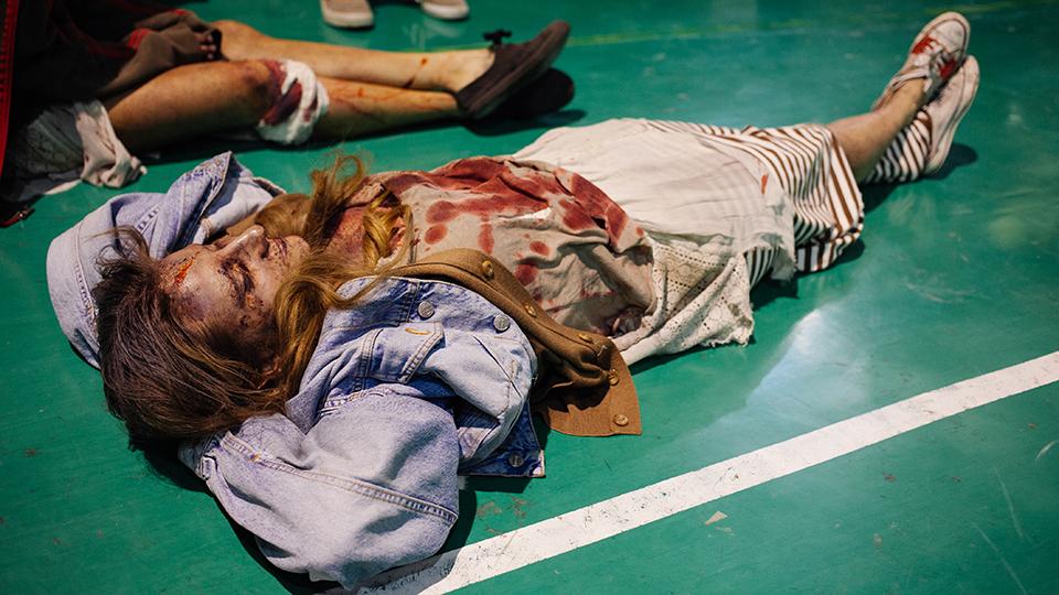 zombies en el suelo
